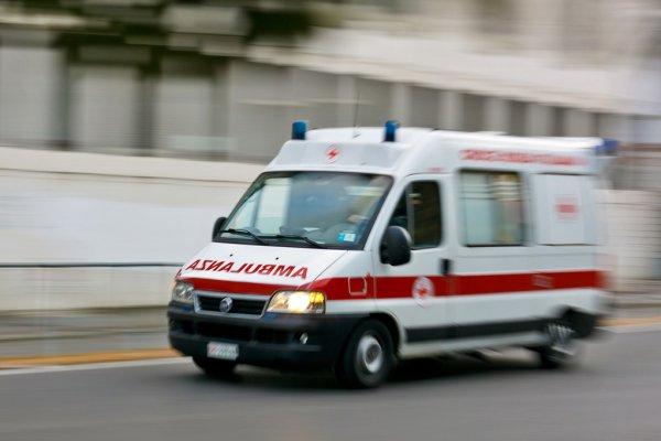 depositphotos_35718887-stock-photo-ambulance